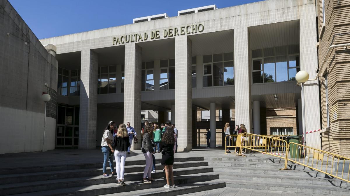 Estudiar Un Grado En La Universidad De Zaragoza Cuesta Entre 850 Y 1 500 Euros Al Año