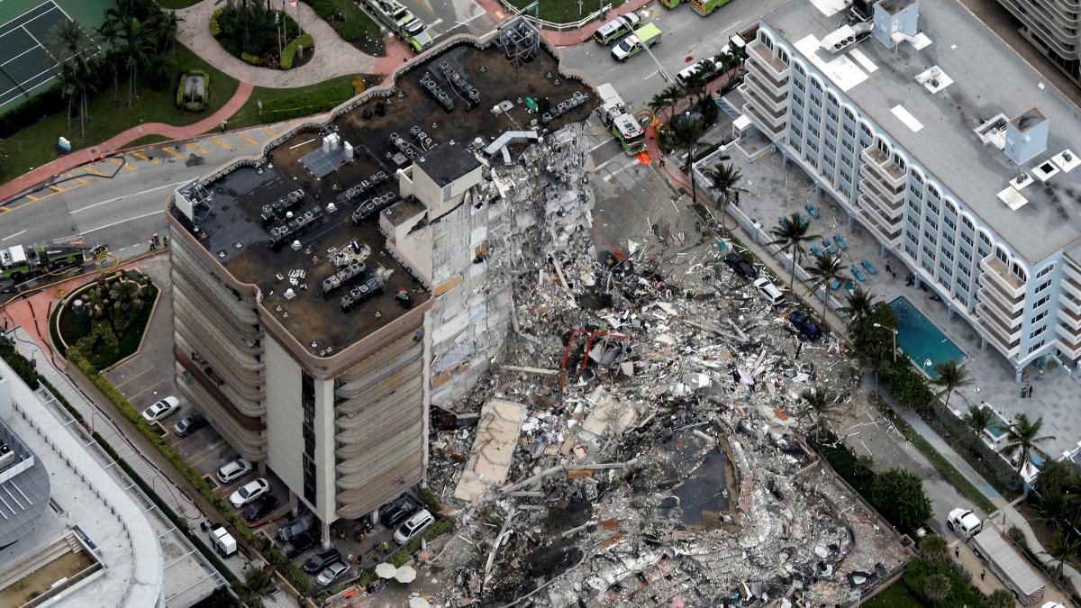 Búsqueda contra reloj de casi un centenar de personas entre los escombros  en Miami