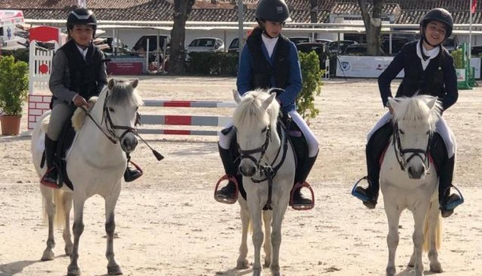 Deportistas del Pony Club Aragón en el Trofeo Infanta Elena de ponis