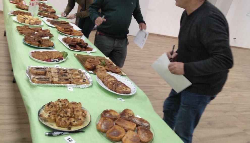 La final, celebrada ayer en Trasmoz, estuvo muy reñida en cuanto a la presentación de este dulce típico de Semana Santa. Juego de Tronos y Notre Dame acapararon toda la atención culinaria.