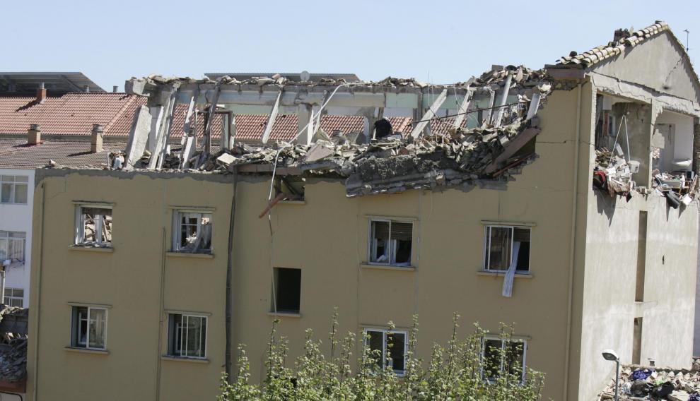 La tercera y la cuarta planta del edificio quedaron completamente destruidas por la explosión.