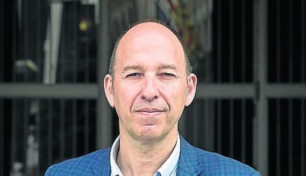 Carmelo Asensio, candidato al Ayuntamiento de Zaragoza por la CHA.