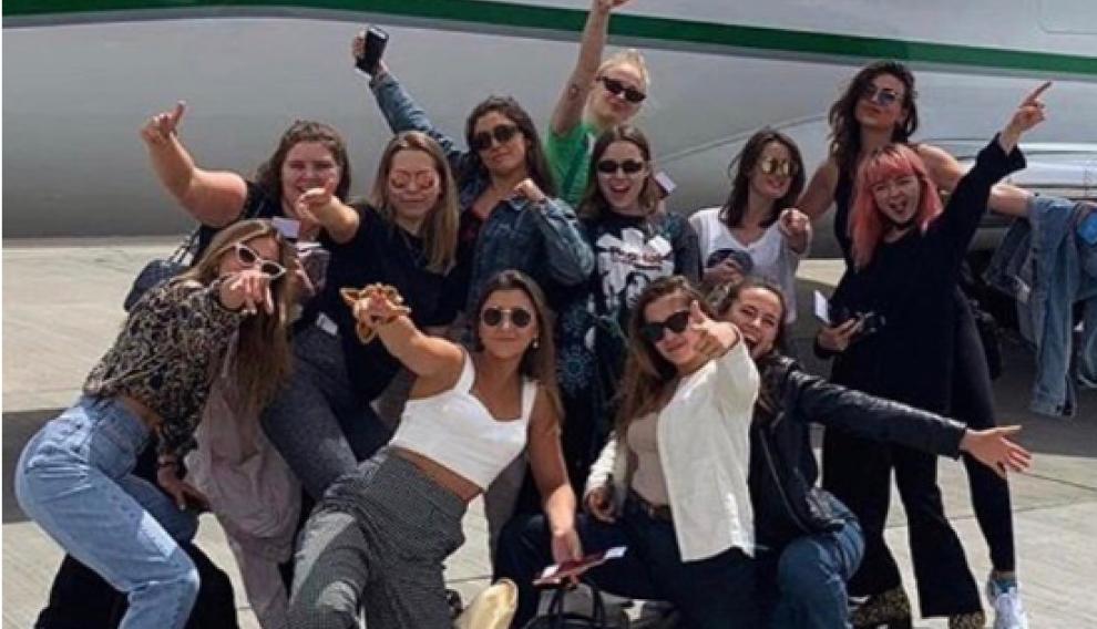 Viajaron desde Reino Unido a Benidorm para celebrar la despedida de soltera de la actriz de 'Juego de Tronos'.