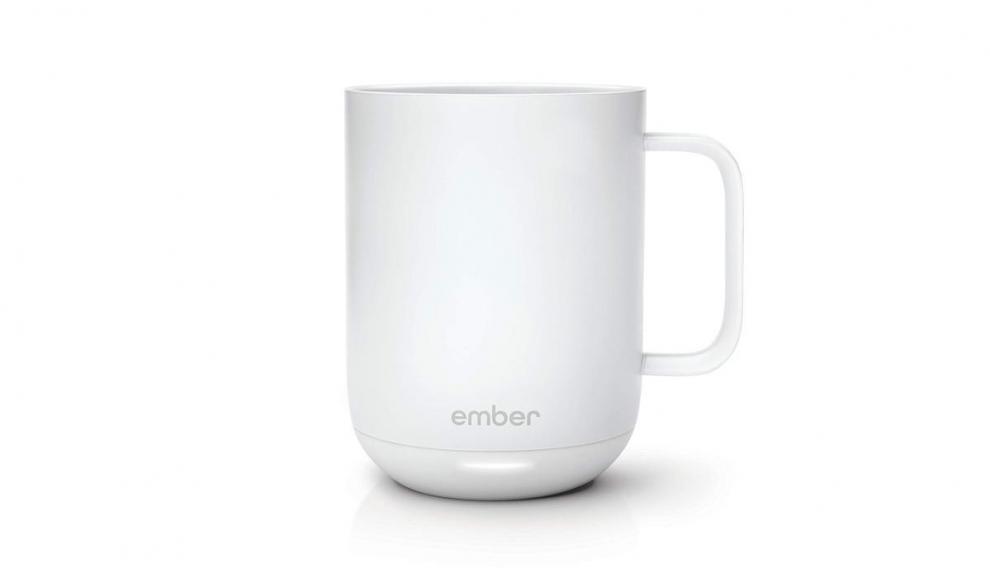La taza inteligente Ember pasaría desapercibida si no fuera por la luz led de su base