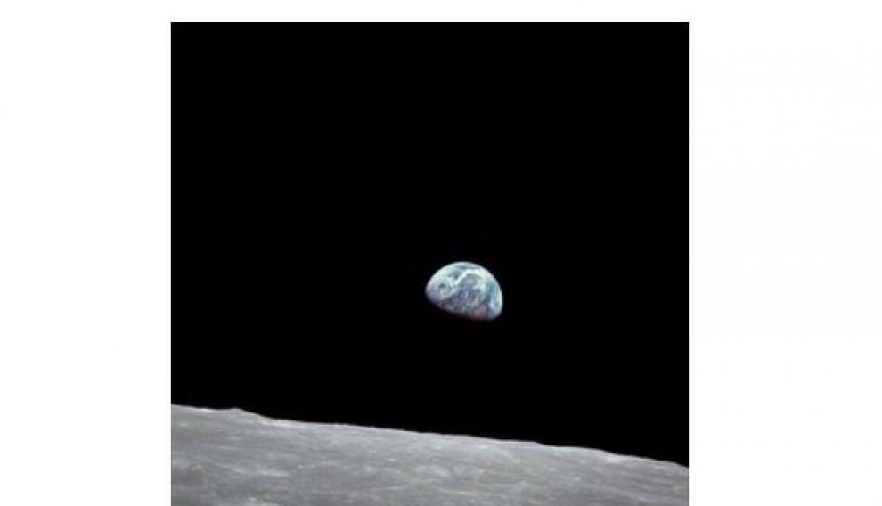 Foto 'Earthrise' tomada el 24 de diciembre de 1968 por el astronauta del Apolo 8 William Anders.