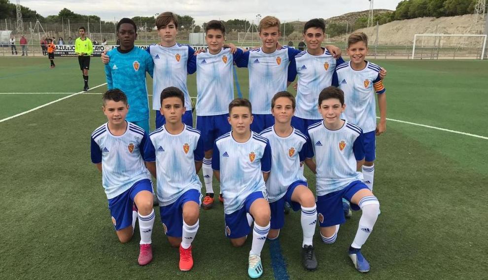 Once inicial del Real Zaragoza División Honor Infantil ante el San José.