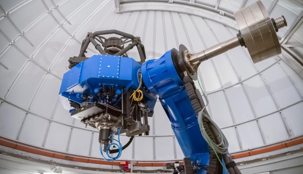 La cámara T80, montada en el telescopio Jast, de 80 cm de diámetro, tiene un campo de visión equivalente a ocho lunas llenas.