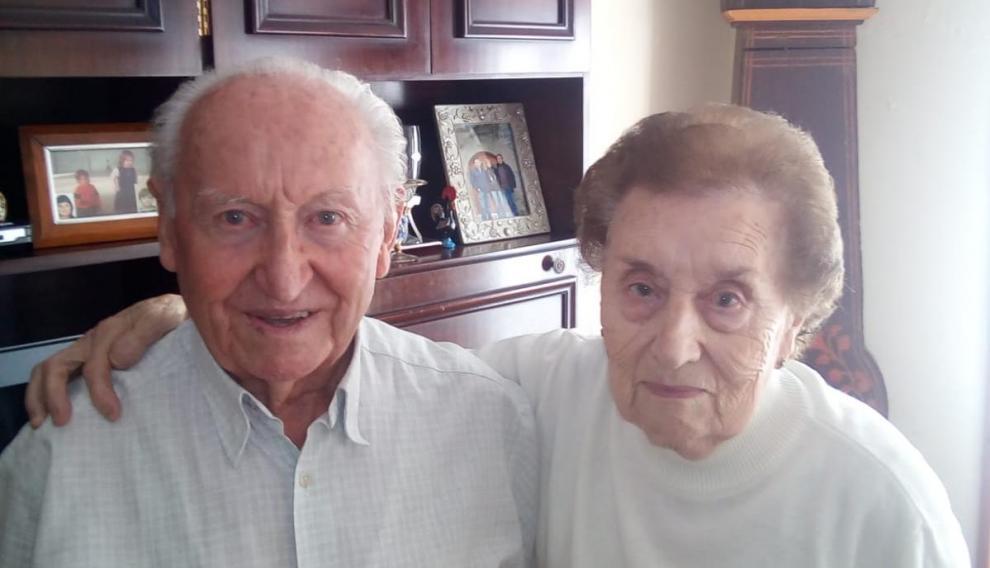 David y Presen, un matrimonio de Artieda que participa en 'Envejece en tu pueblo'.
