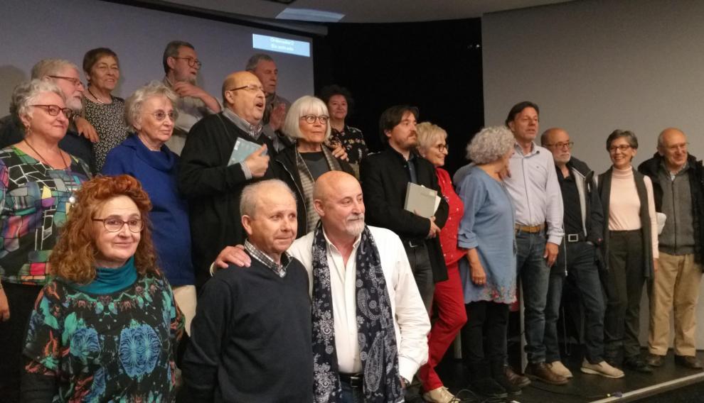 Cuarenta y cinco años después, casi todos los cantautores y músicos que participaron en el Encuentro se reunieron en el Teatro Principal para presentar el disco-libro conmemorativo editado por Prames.