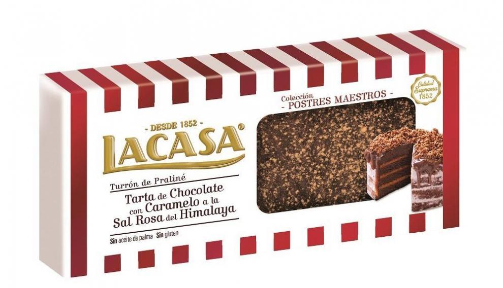 Turrón de tarta de chocolate con-caramelo a la sal rosa del Himalaya, novedad este año en Chocolates Lacasa