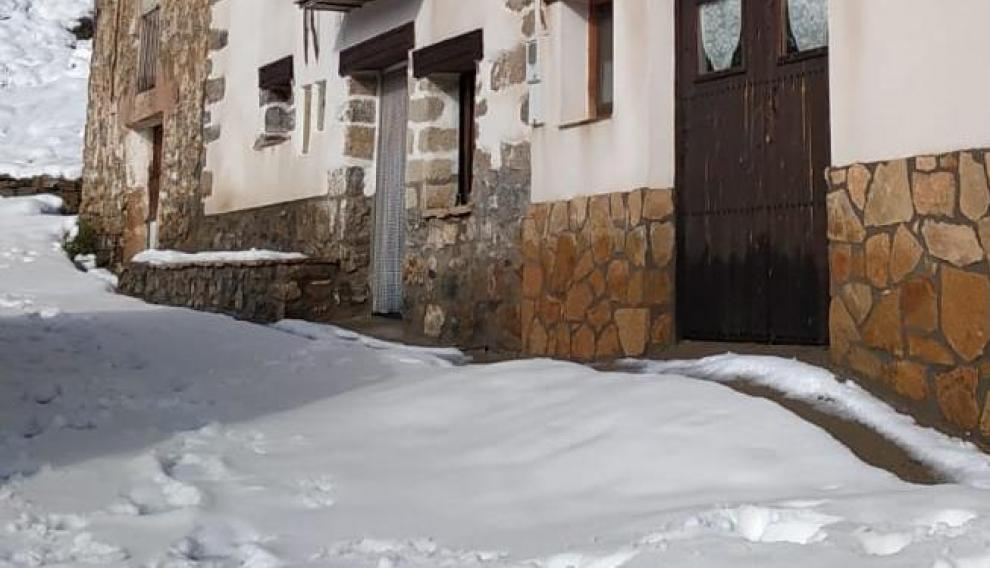 Nevada en Castelvispal, una pedanía de Linares de Mora (Teruel).