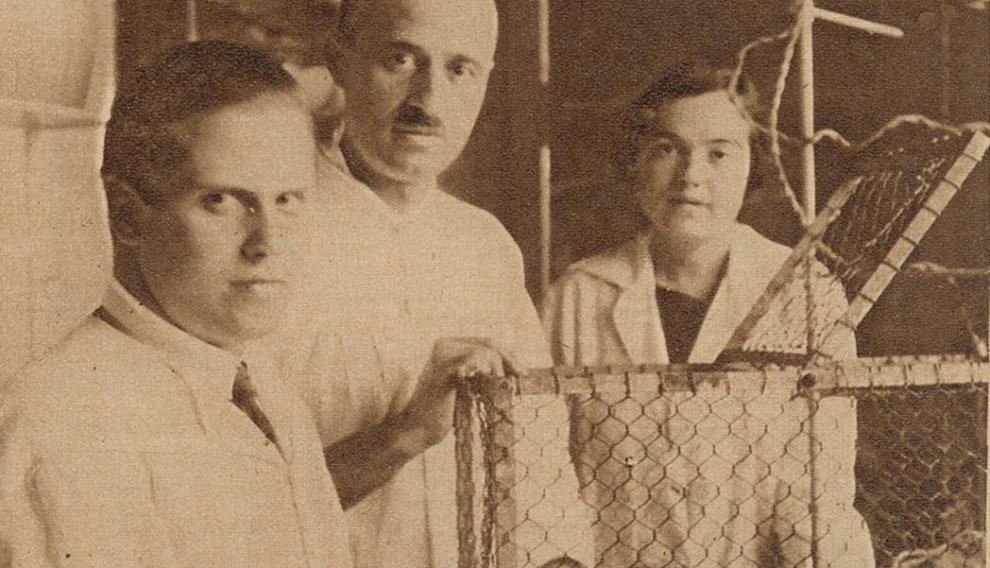 Julián Sanz-Ibáñez. Gonzalo R. Lafora y Soledad Ruiz-Capillas