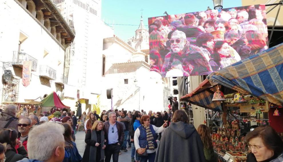 Gentío en las calles de Teruel.