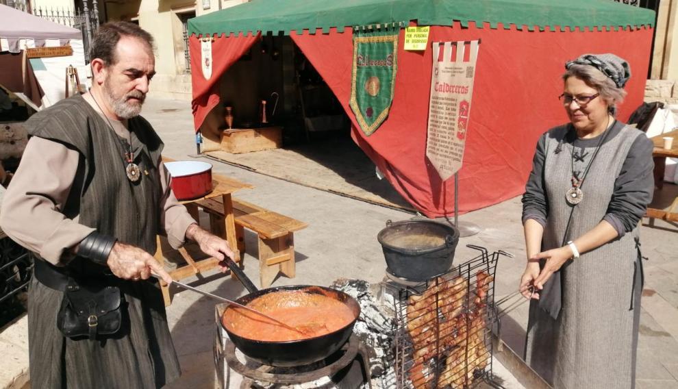 Los manjares al estilo medieval despiertan el apetito a estas horas