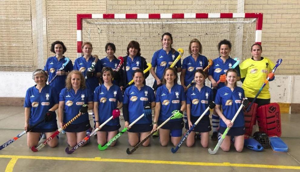 Pilaricas Vach Club es el primer equipo femenino de hockey aragonés en veteranas