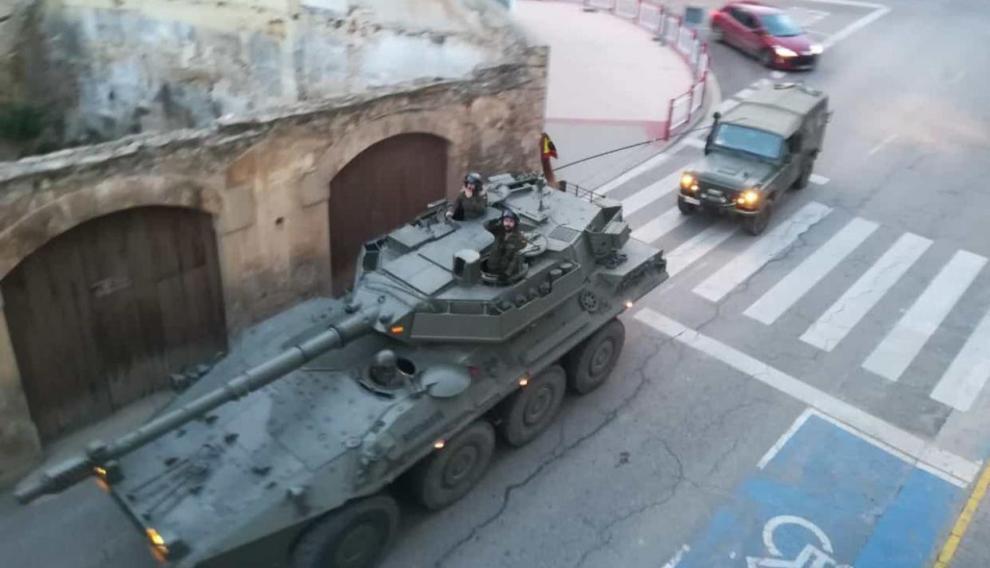 Imagen de las maniobras militares en Alcañiz.