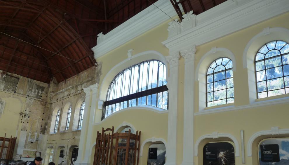 Vestíbulo estación de Canfranc