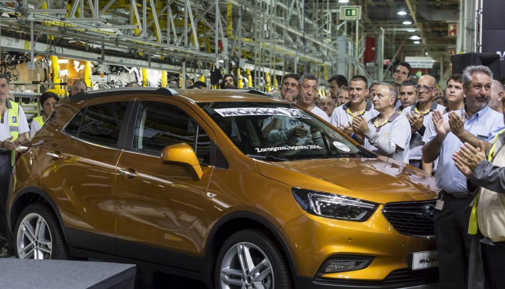 Un modelo Mokka X, el día de su lanzamiento en la planta de Figueruelas, en 2016