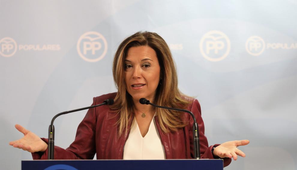 Ana Alós durante una rueda de presenta en la sede del PP de Huesca.
