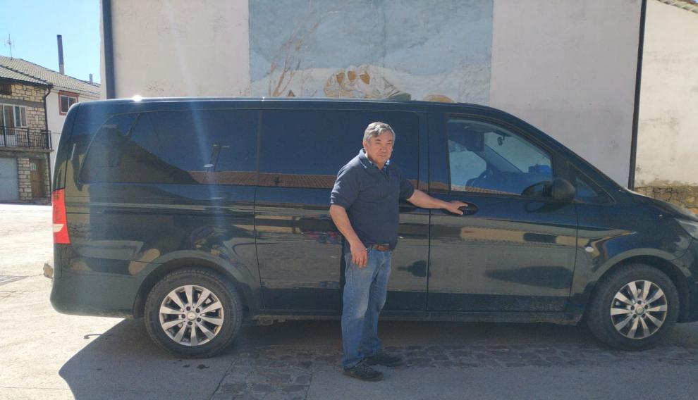 El taxista de Guadalaviar Santiago González partirá con su vehículo propio a Madrid para participar en la revuelta del 31 de marzo.