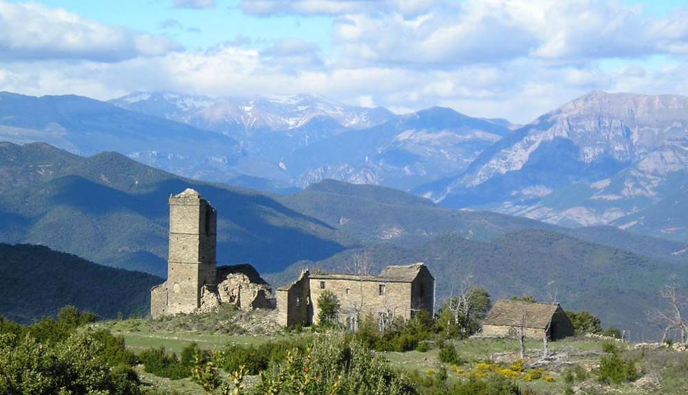 Pueblo abandonado de Morcat, cerca de Boltaña.