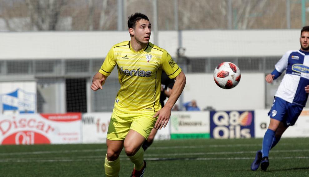 Eduardo Mingotes, jugador del Ejea.