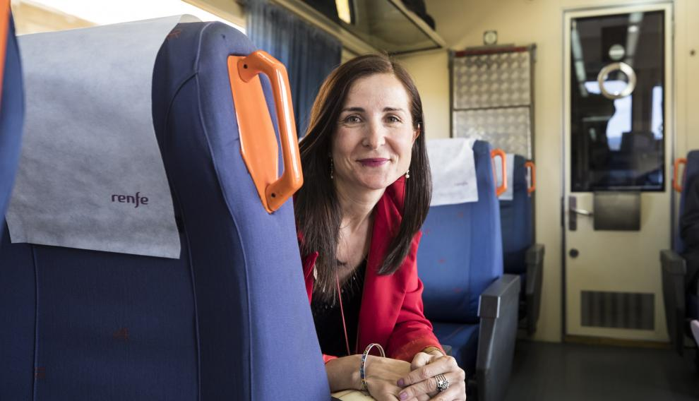 Alejandra Cortés defiende el paso de los jóvenes docentes por la escuela rural