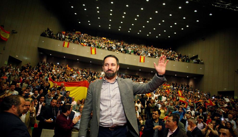 El líder de Vox, Santiago Abascal, durante un mitin en La Coruña.