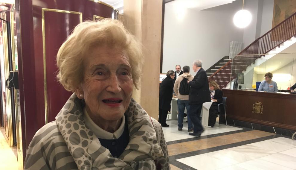 Pilar Pardo, de 91 años, ha votado esta mañana en Zaragoza.