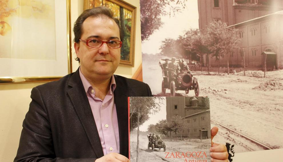 nuevo libro Salvador Trallero /foto Patricia Puertolas/