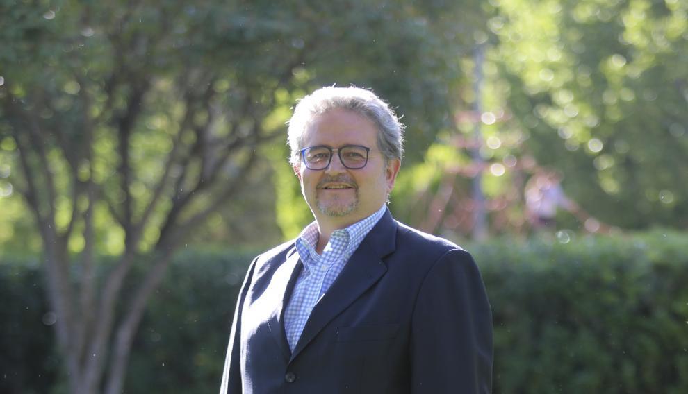 Fernando Carrera, candidato del PAR al Ayuntamiento de Huesca
