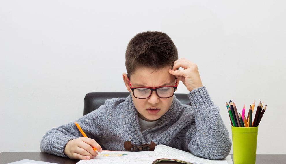 Los niños con dislexia utilizan el doble de tiempo o más que el resto de sus compañeros en realizar sus tareas escolares.