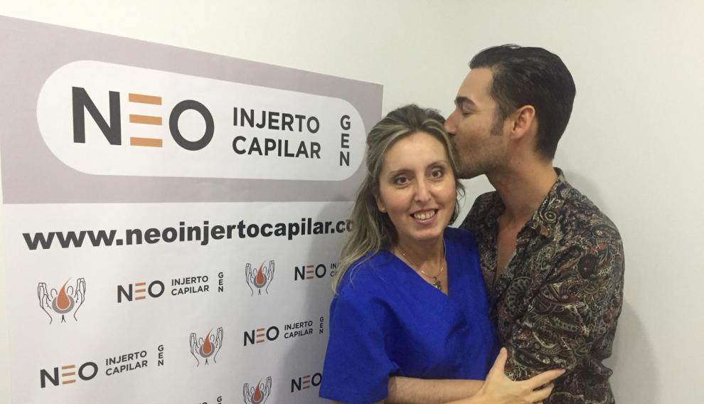 Miguel Vilas, el concursante de GH 17, junto a la doctora Lourdes Moreno.