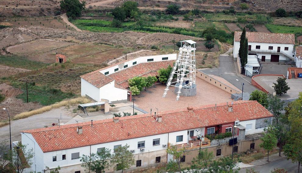 El castillete minero de Ariño