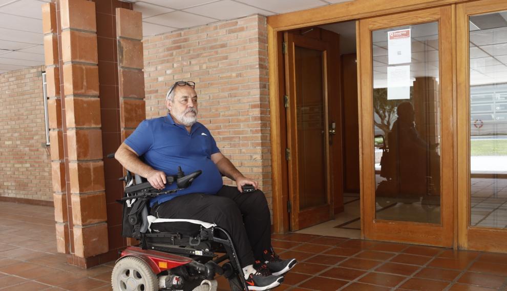 Jesús Luis Domínguez, afectado por un ascensor averiado en Vía Hispanidad