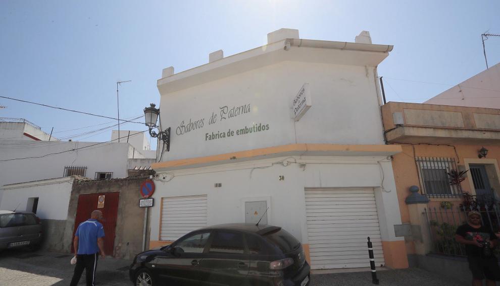 Fábrica de Paterna de Rivera (Cádiz) donde se han encontrado evidencias de contaminación de la carne mechada