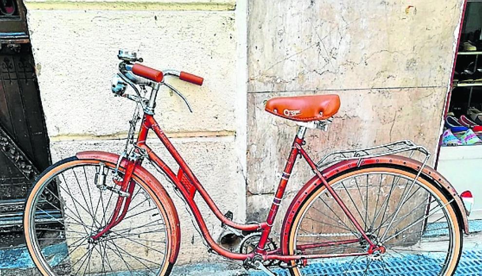 Bicicleta Torrot puesta a punto el mes pasado.