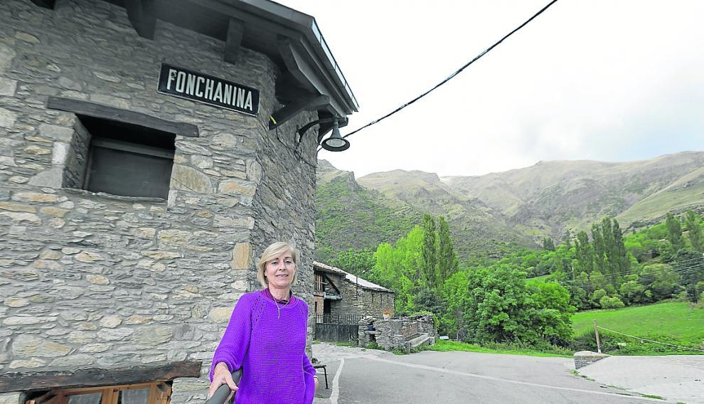 Trini Seira, vecina de segunda residencia en Fonchanina, en el valle de Castanesa.