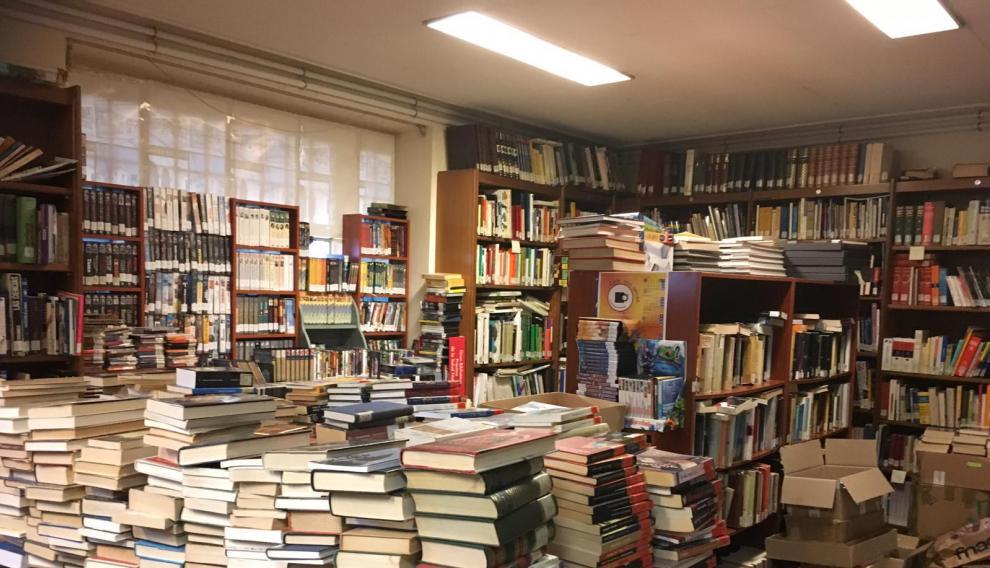 Estado que presentaba la biblioteca vieja de Pina de Ebro.