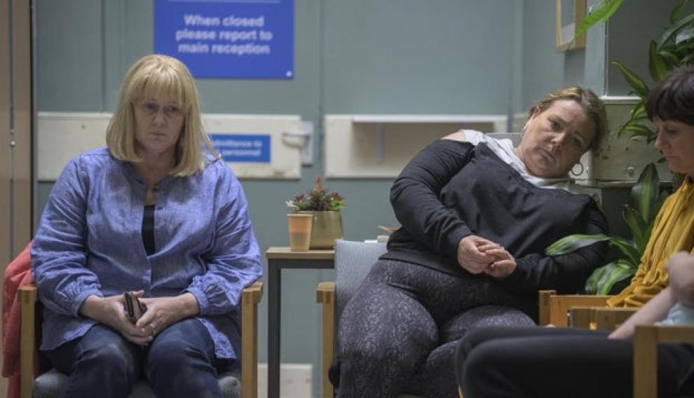 Sarah Lancashire (izquierda), protagoniza 'The Accident', en Filmin.