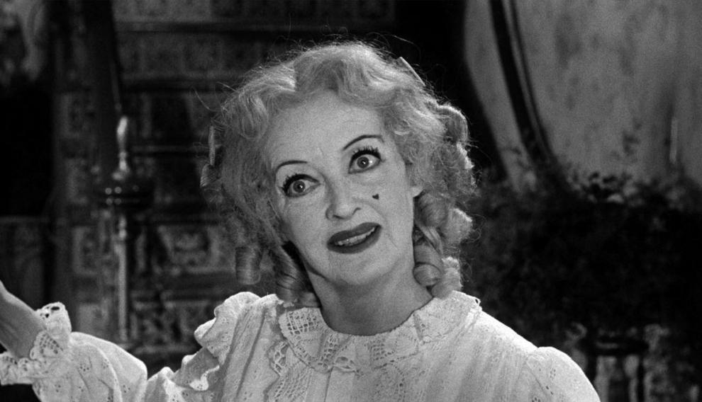 Bette Davis, aterrador juguete roto en 'Qué fue de Baby Jane'.