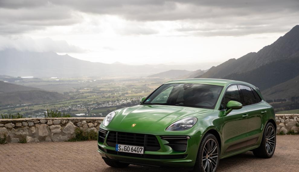 El todocaminos deportivo de Porsche, el Macan Turbo, cuenta con 440 caballos de motor.