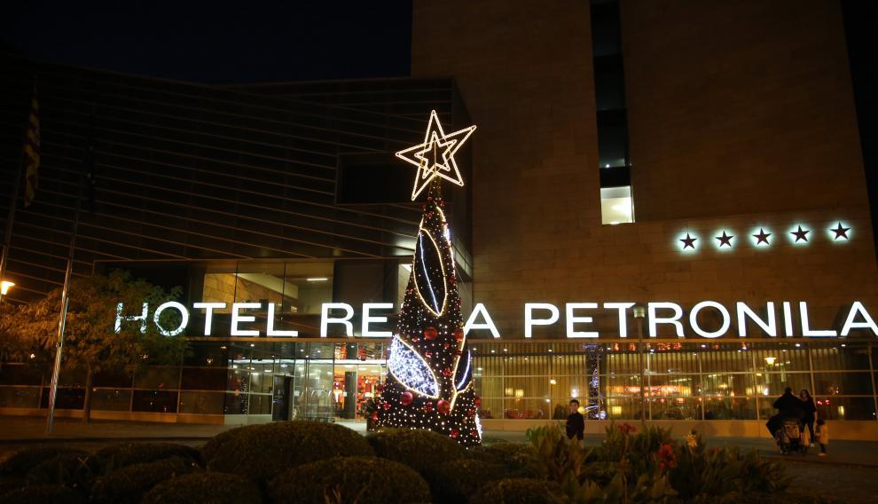Con el encendido de la iluminación, se da el pistoletazo de salida a la Navidad en Aragonia
