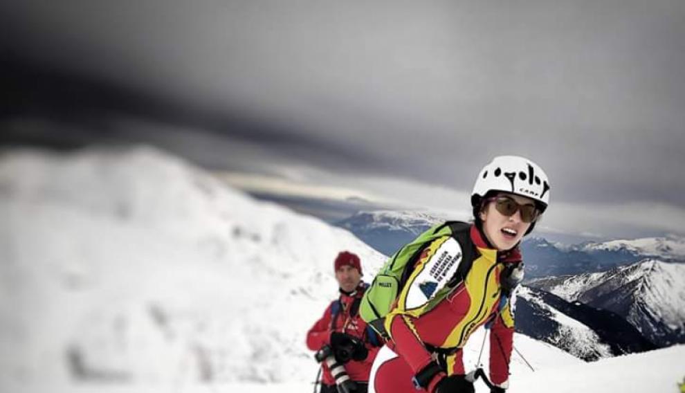 Claudia Valero, una de las esquiadoras que participa.