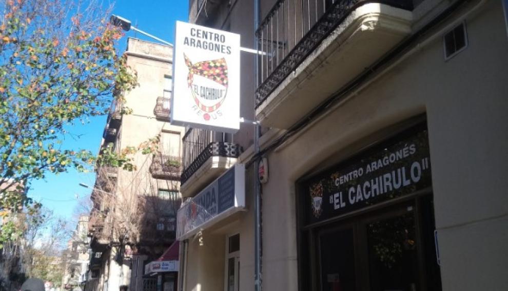 El Centro Aragonés El Cachirulo de Reus, aún cerrado esta misma mañana.