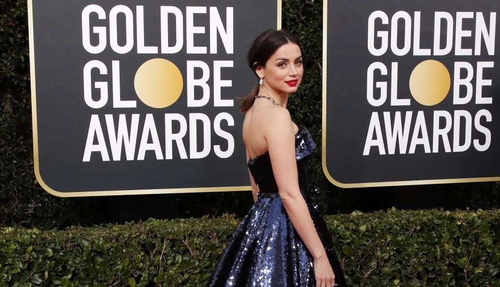 Beverly Hills (United States), 05/01/2020.- Ana de Armas arrives for the 77th annual Golden Globe Awards ceremony at the Beverly Hilton Hotel, in Beverly Hills, California, USA, 05 January 2020. (Estados Unidos) EFE/EPA/NINA PROMMER *** Local Caption *** 52514391 Arrivals - 77th Golden Globe Awards