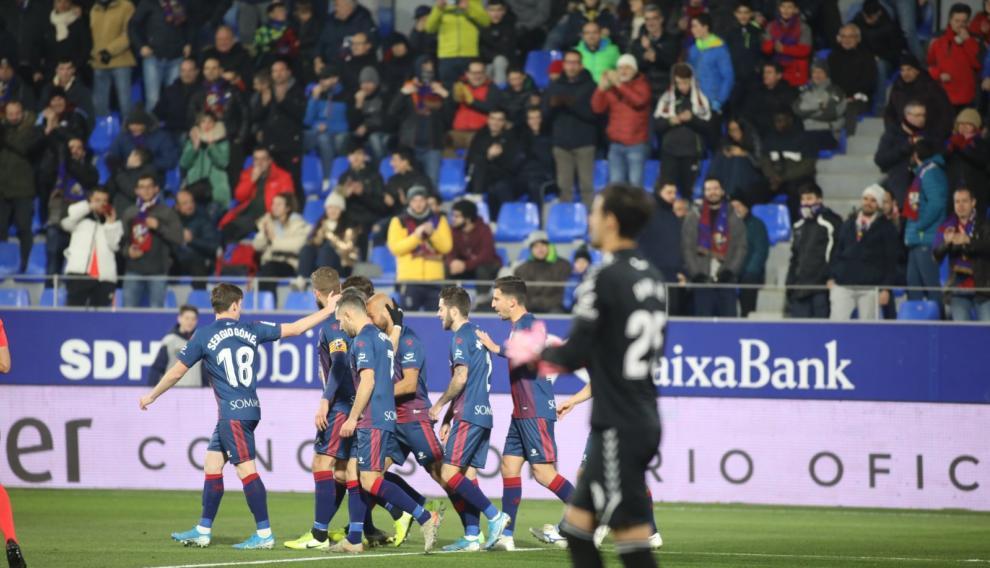 Partido SD Huesca-Tenerife, de la 23ª jornada de Segunda División en El Alcoraz