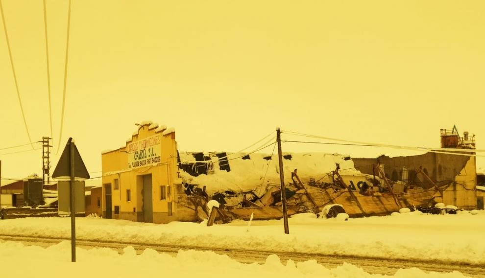 Una nave nevada en Alcorisa.