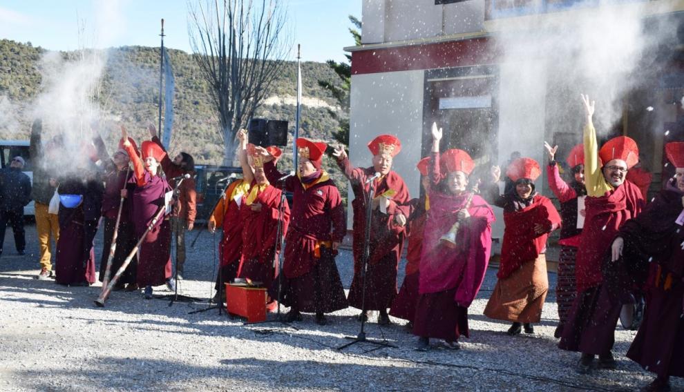 Celebración de la comunidad budista Dag Shang Kagyu de la pequeña localidad ribagorzana de Panillo