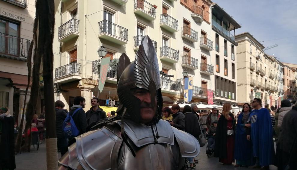 Hay quien se lo curra mucho para asistir al enlace en Teruel